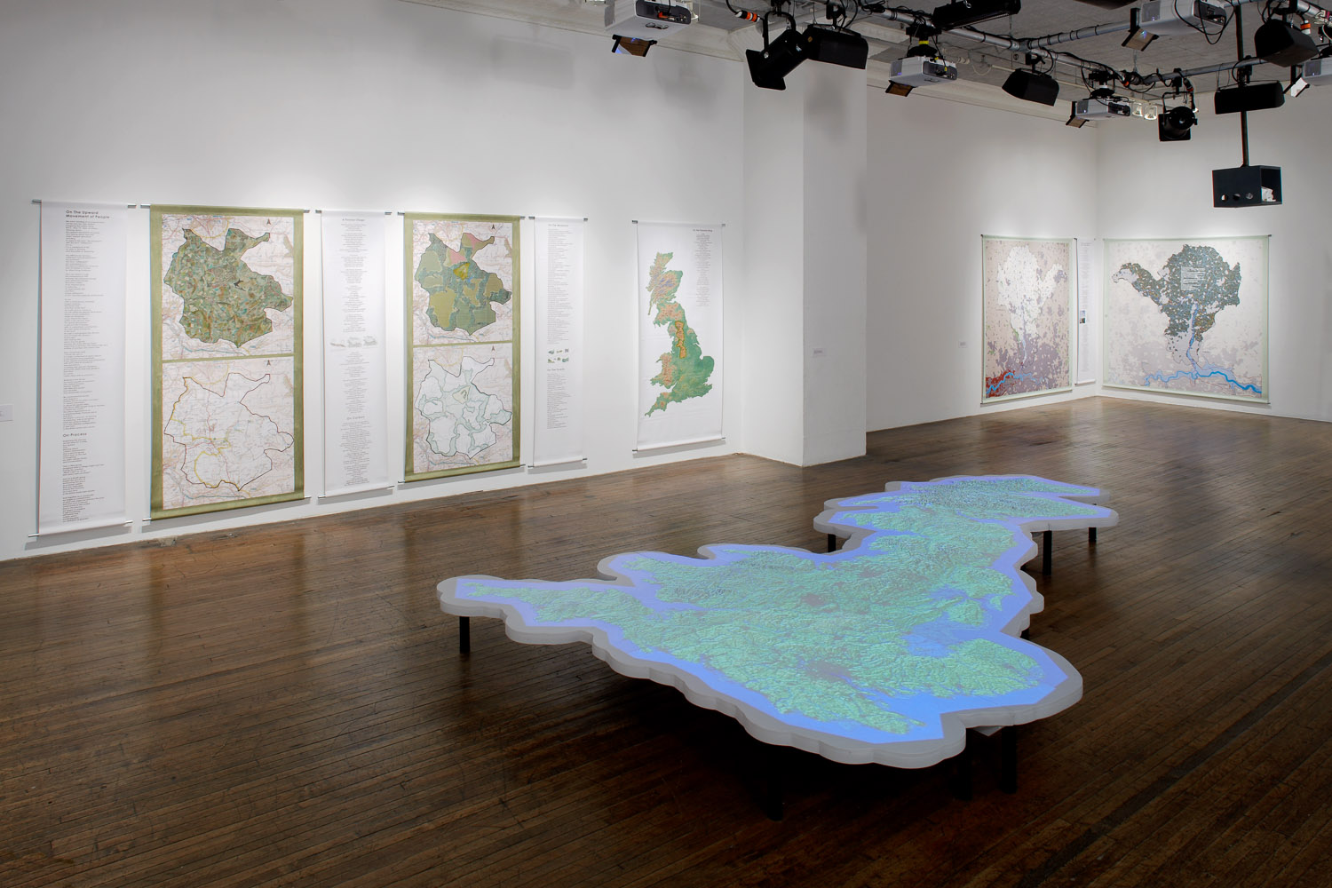 Harrisons-South-Gallery-Installation-view-3-2009